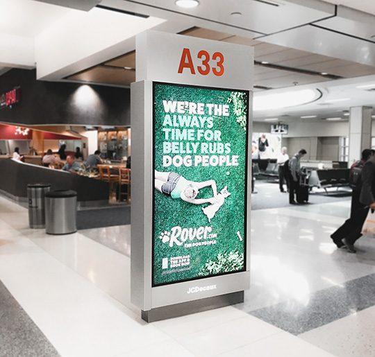 Olea Airport Kiosks - JC Decaux Digital Signage