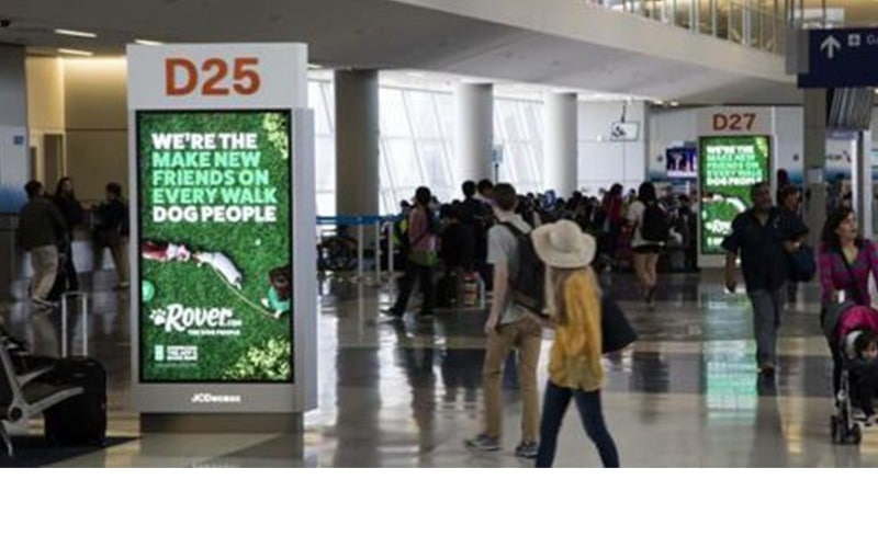 Olea JCDecaux Airport Wayfinding Kiosk